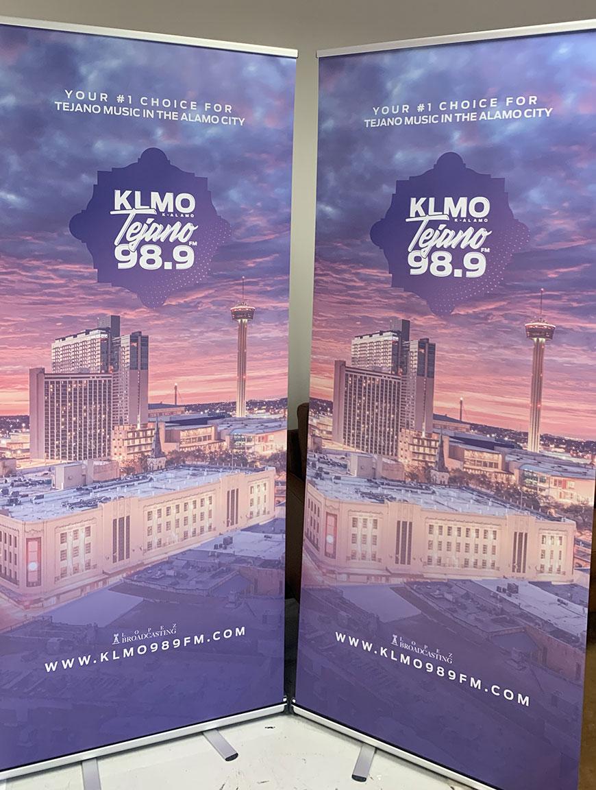 klmo-retractable-banner